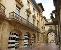Arc San Vicente - Oviedo - panoramio.jpg