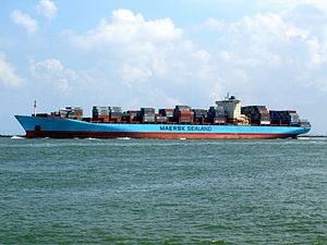 Arnold Maersk IMO 9260433 , leaving Port of Rotterdam, Holland 19-Jul-2007.jpg