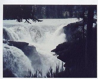 Athabasca Falls - Image: Athabasca Falls Glen Larson