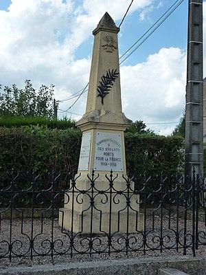 Auboncourt-Vauzelles - The War Memorial