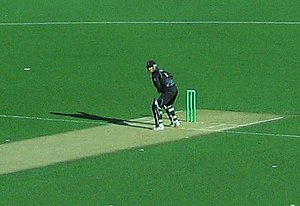 Nathan Astle batting against Australia