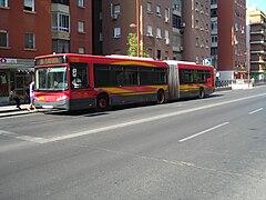 Autobús urbano de Sevilla.JPG