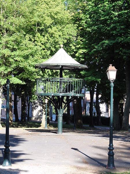 Avesnes-sur-Helpe (Nord, Fr) kiosque à musique