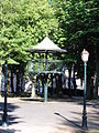 Avesnes-sur-Helpe (Nord, Fr) kiosque à musique.jpg