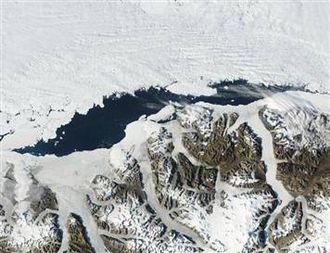 Ayles Ice Shelf - Image: Aylesiceshelf