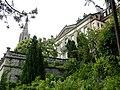 Béatrice-von-Wattenwyl-Haus und Münsterturm.jpg