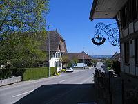 Büren zum Hof - im Dorf.JPG