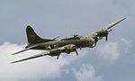 B-17 3 (7546471546).jpg