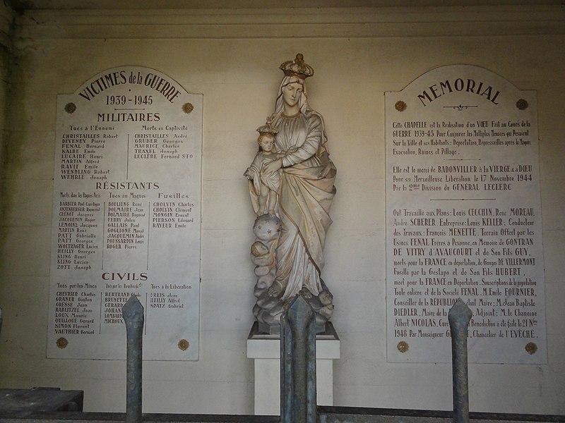 Badonviller (M-et-M) chapelle 1939-45 In Memoriam, intérieur