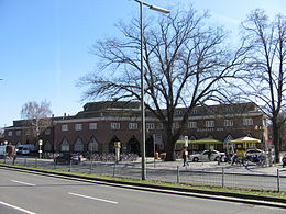 Bahnhof Berlin-Wannsee from outside.jpg