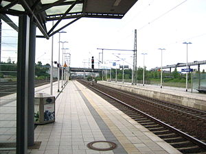 Düsseldorf Airport station - View of the tracks