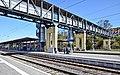 Bahnhof Marburg Bahnsteig und Überführung 01.jpg