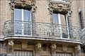 Balcon et décors dun immeuble art nouveau (Jules Lavirotte) (5507079089).jpg