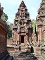 Banteay Srei 36.jpg