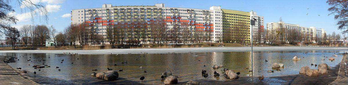 Polski: Akwen Balaton na osiedlu Bartodzieje