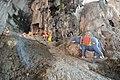 Batu caves (18949425276).jpg