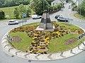Beacon sculpture, Albion Road roundabout, Pontypool - geograph.org.uk - 2437634.jpg