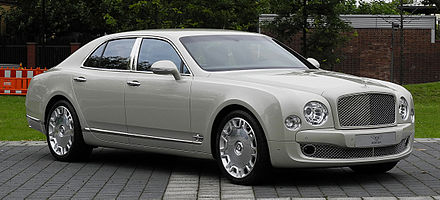 The Bentley Mulsanne. Bentley is a well-known English car company Bentley Mulsanne - Frontansicht (1), 30. August 2011, Dusseldorf.jpg