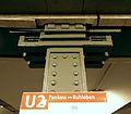 Berlin - U-Bahnhof Theodor-Heuss-Platz (15021385060).jpg