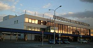 Description: Passenger building of the Berlin ...