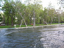 Bidwell Park swimming pool.JPG