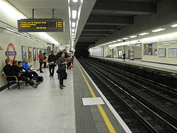 Blackfriars tube stn look west2 2012.JPG