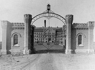 Blees Military Academy - Blees Military Academy in 1900