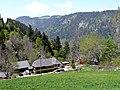 Blick über Bisten in das Höllental - panoramio.jpg