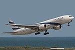 Boeing 777-258 ER El Al Israel Airlines 4X-ECC (8735086160).jpg