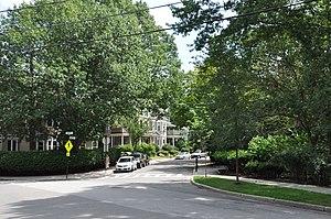 Cypress–Emerson Historic District - Waverly Street near Emerson Park