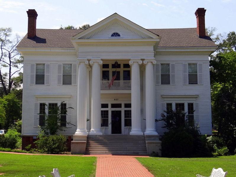 File:Browne Elliott Mansion, c.1912, pic1.jpg