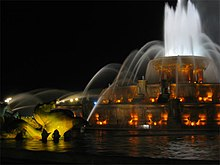 Buckingham Fountain 2.jpg