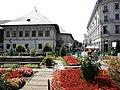 Bucuresti, Romania. HANUL LUI MANUC (B-II-m-A-18788) (multe flori).jpg
