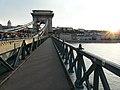 BudaPest - Tramonto sul ponte delle Catene - panoramio.jpg