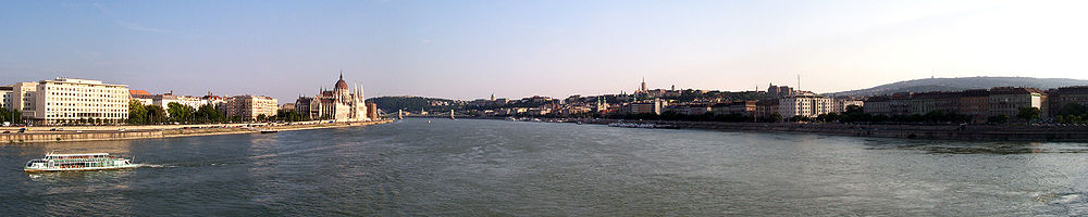 Budapest at sundown.jpg