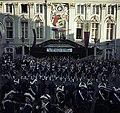 Bundesarchiv B 145 Bild-F009801-0010, Karneval in Bonn, Marktplatz vor dem Rathaus.jpg