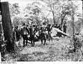 Bundesarchiv Bild 105-DOA0042, Deutsch-Osafrika, Tanz um erlegten Elefanten.jpg