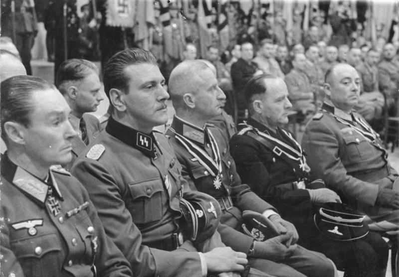 Bundesarchiv Bild 183-J07994, Berlin, Skorzeny, Reinhardt, Zschirnt, Körner