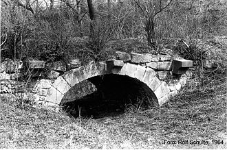 Calenberg Castle - Bridge of 1757 over the dried-out castle moat. 1964 photo