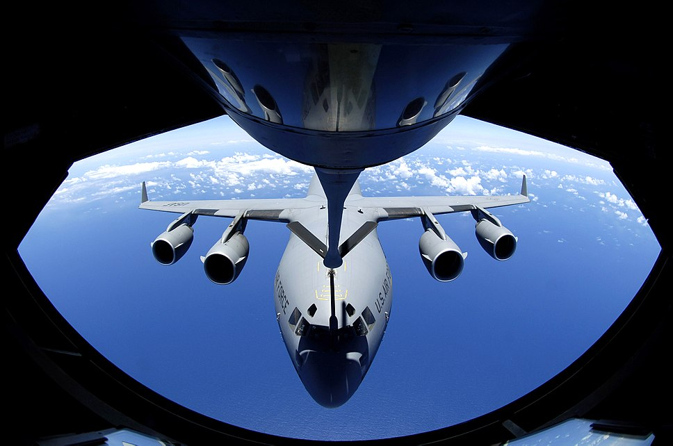 C17 Globmaster refueling from KC135 Stratotanker