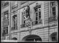 CH-NB - Bern, Zunfthaus zum goldenen Löwen, vue partielle extérieure - Collection Max van Berchem - EAD-6614.tif