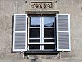 Caen 102 rue Saint Pierre fenêtre datée 1867.JPG