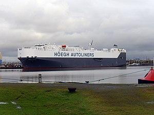 Car carrier Höegh Trove.jpg