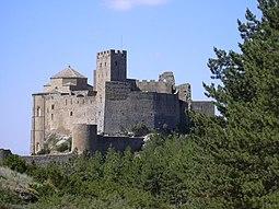 El Castillo de Loarre desde el lado opuesto