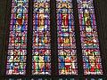Cathédrale de Toul, vitrail de l'Invention des reliques de saint Étienne détail B.JPG