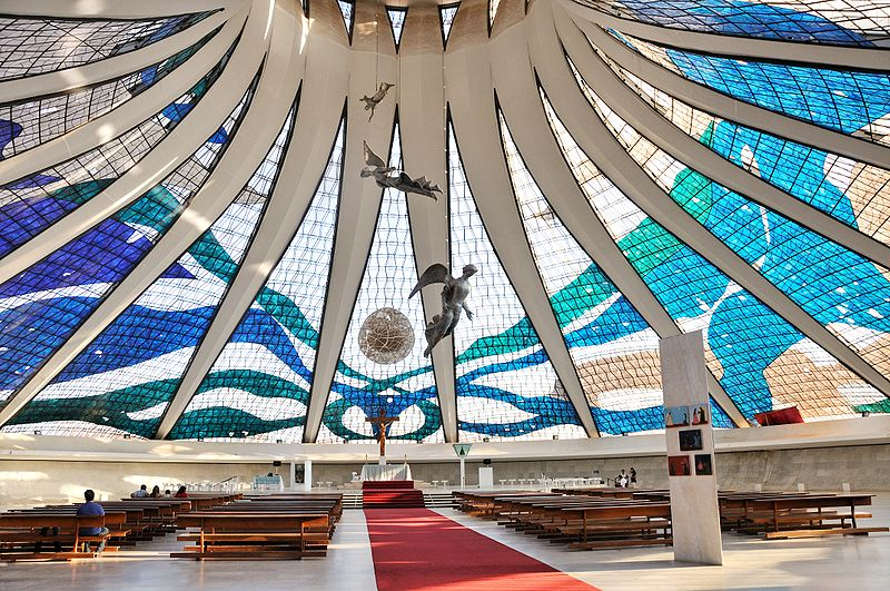 Fichier:Cathedral of Brasilia int July 2009.jpg