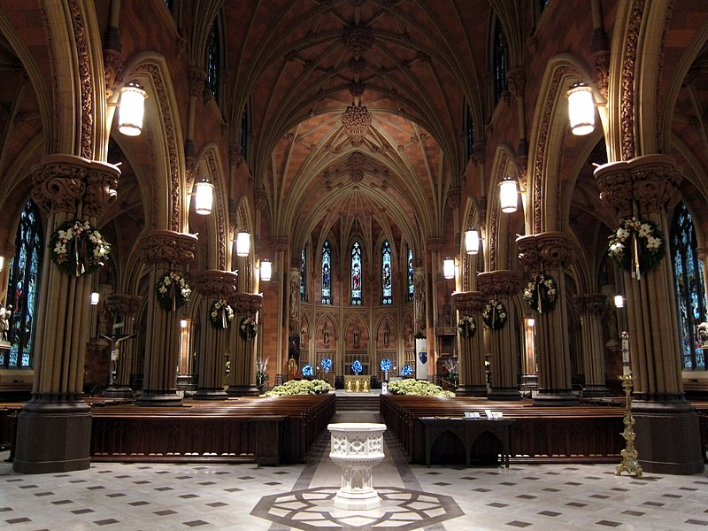 File:Cathedral of the Immaculate Conception (Albany, New York) - Nave, decorated for Christmas.jpg