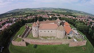 Brașov County - Image: Cetatea Făgăraș vedere aeriana