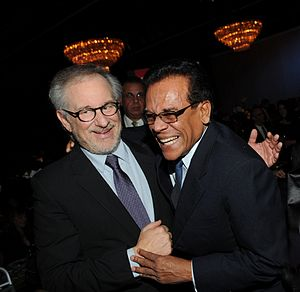 English: Steven Spielberg with Chandran Rutnam...