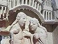 Chapiteau engagé Visitation, Nativité, Annonce aux bergers - PM28000291 and 950.9.1 - Naissance de la sculpture gothique - 02.jpg